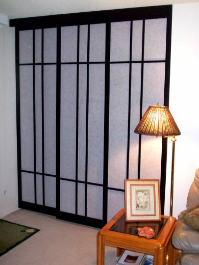 condo bedroom door shoji screen
